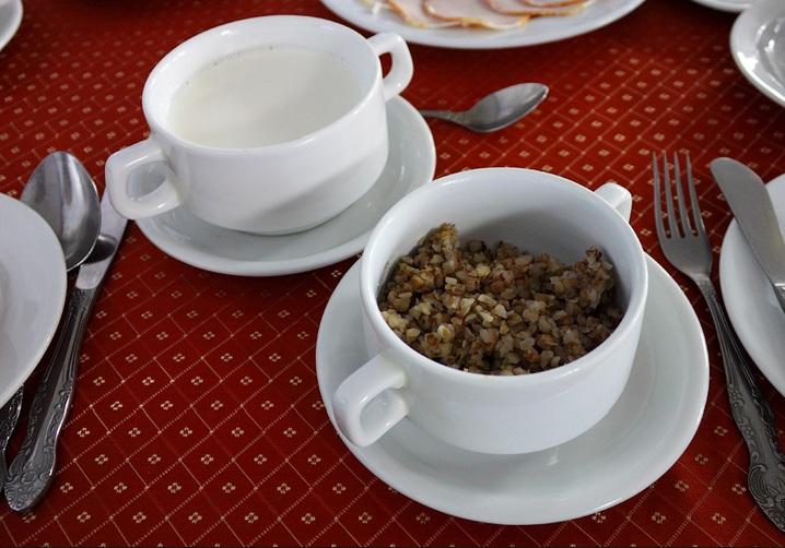 каша гречневая на молоке калорийность фото
