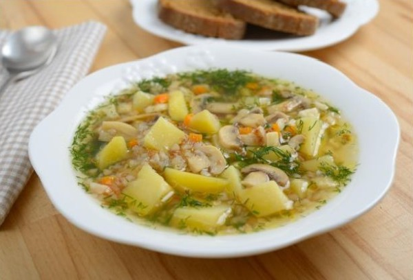 суп гречневый с грибами фото