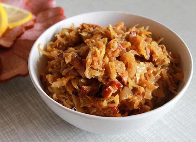 Капуста тушеная: калорийность и питательность блюд
