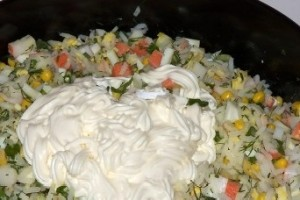 Salat s krabovymi palochkami