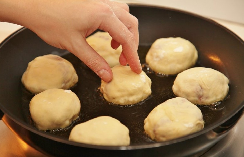 Блины на молоке тонкие с дырочками пошаговый рецепт с пошагово